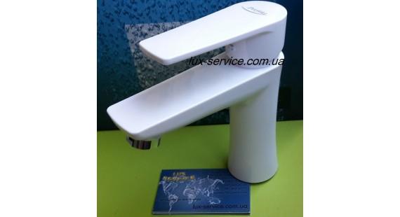 Пластиковый смеситель для раковины PERFEKT Focus белый photo1