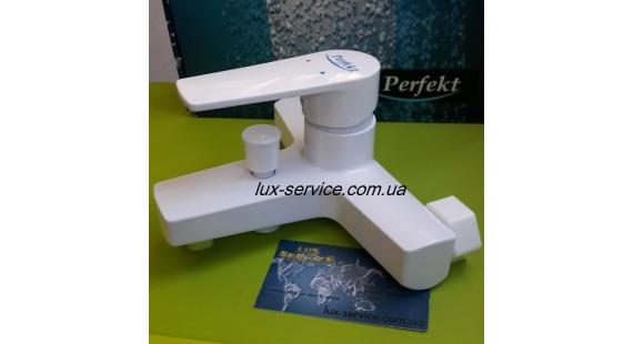 Пластиковый смеситель для ванны Perfekt Premium  photo1