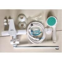 Пластиковый белый смеситель для ванны Perfekt Mars длинный гусак